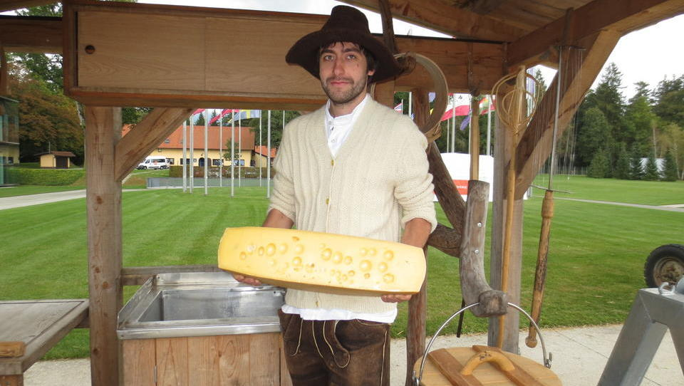 Kako dobro poznate butične domače sire?