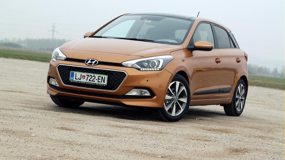 Hyundai si z drznim i20 širi krog kupcev