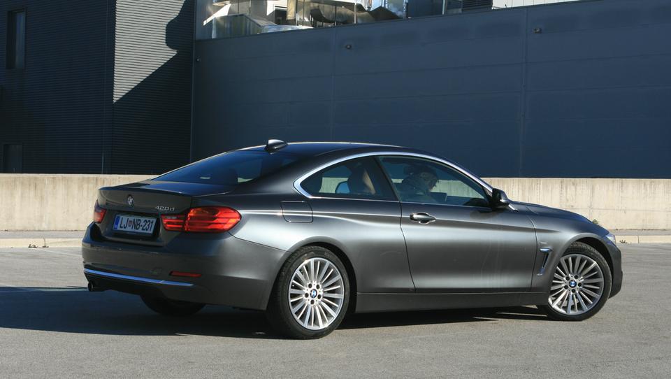 BMW 420d - kupejevska poezija skrita za zmedo številk