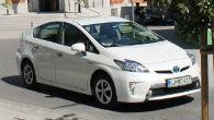 Toyota z desetletno garancijo na hibridne baterije