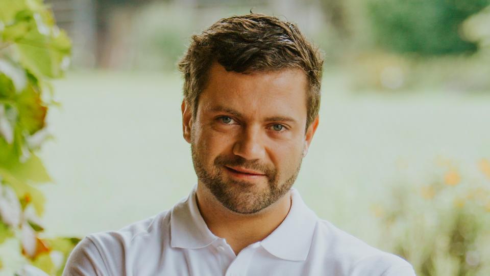 (finančna šola za najstnike) Matic Vizjak, inovativen kmet: Vedno dam 15 odstotkov na stran!