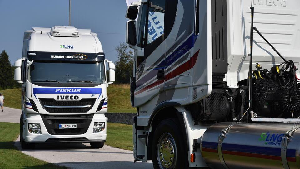 Kakšne so prve izkušnje s tovornjaki na utekočinjeni zemeljski plin