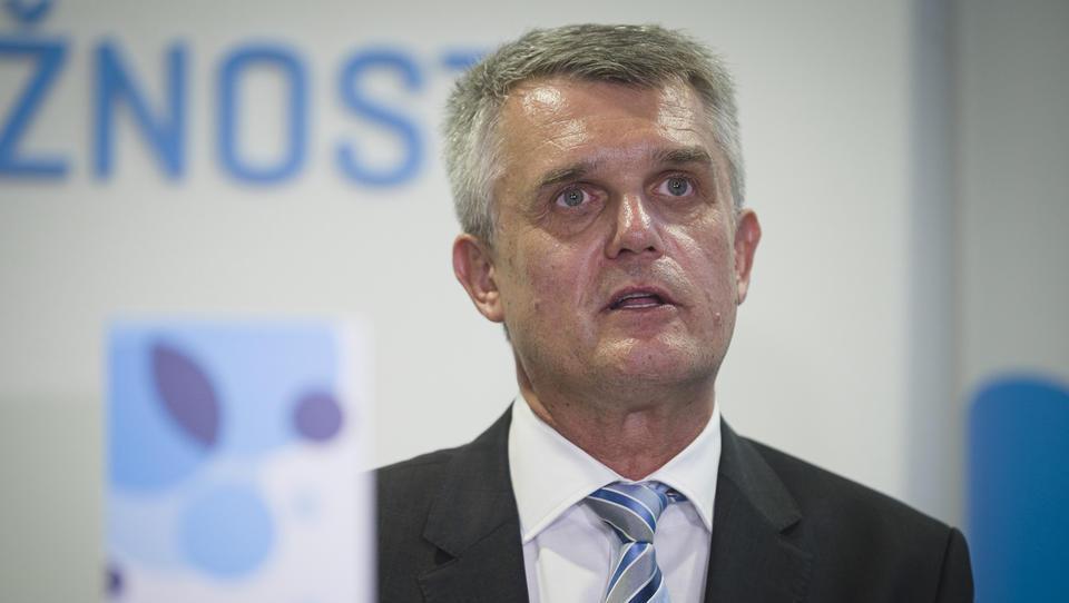Govorice: Matjaž Merkan po dveh mesecih že na izhodnih vratih Telekoma?