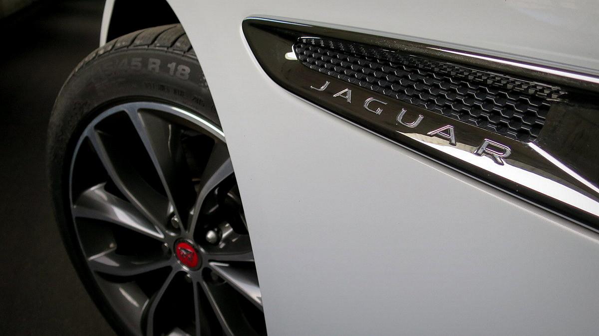 Začasno slovo Jaguarja in land Roverja iz Slovenije, Angleži naj bi ostali v mreži BMW