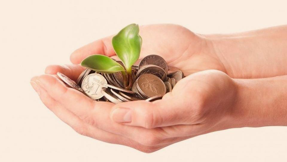 TOP razpisi tega tedna: ministrstvo za gospodarski razvoj, javni štipendijski sklad, občine...