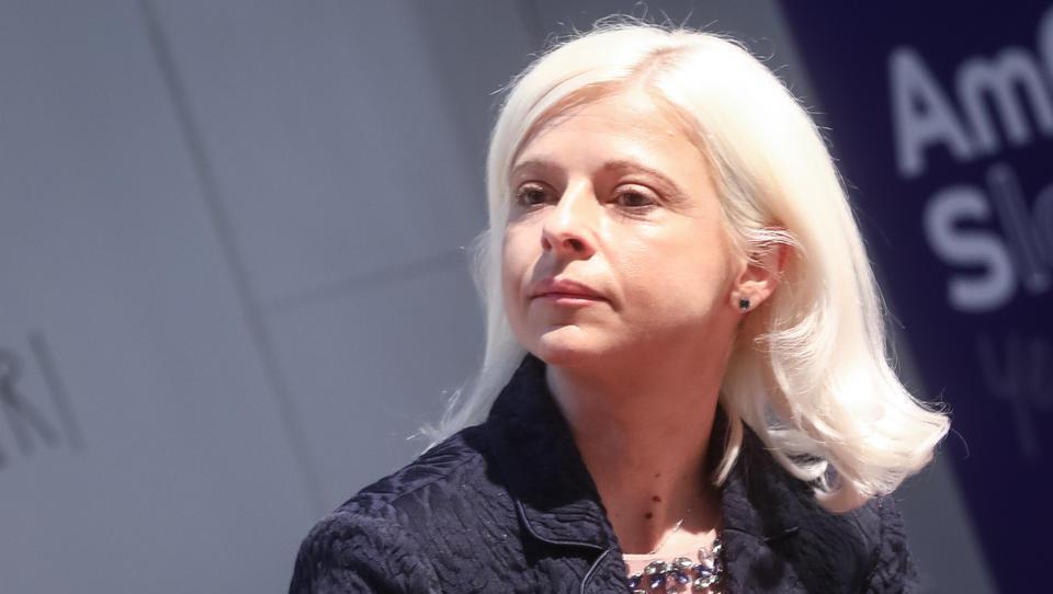 Klampferjeva daje državni denar še za ozaveščanje o pokojninski vrzeli med spoloma