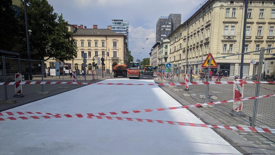 Ljubljana kot Los Angeles: ceste barvajo na belo
