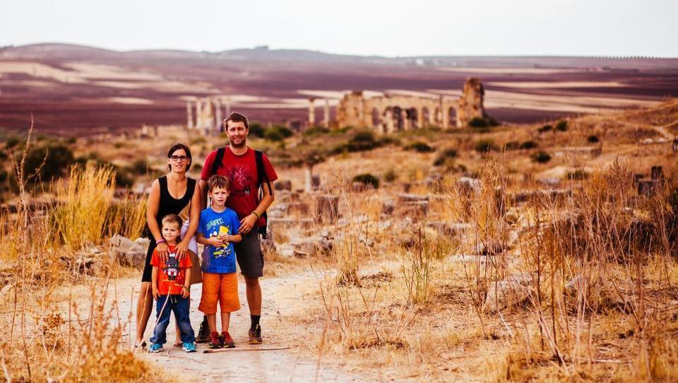 (intervju) Mi smo Kudrovi in potujemo poceni