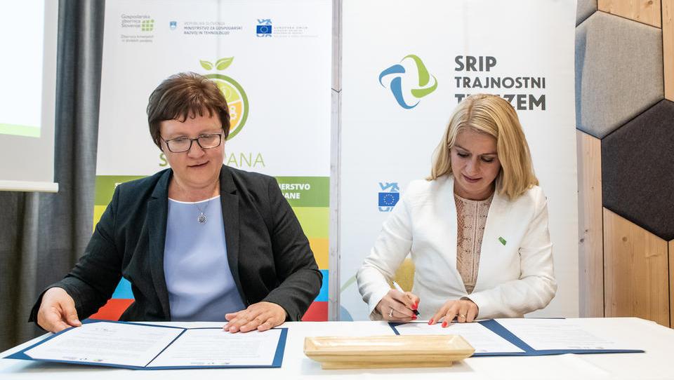 Krepijo se vezi med slovensko agroživilsko verigo in turizmom