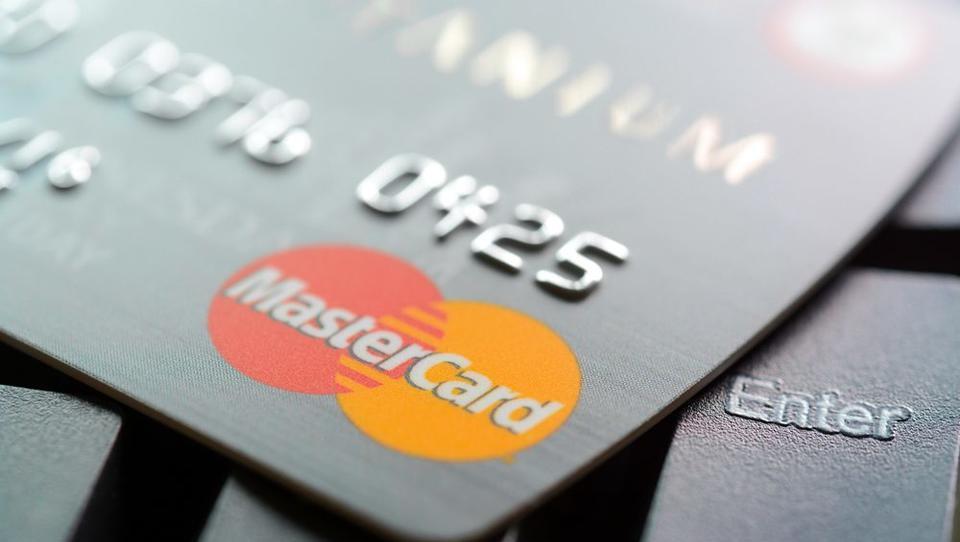 Mastercard bo s prediktivno analitiko napovedoval potencialne zlorabe kartic