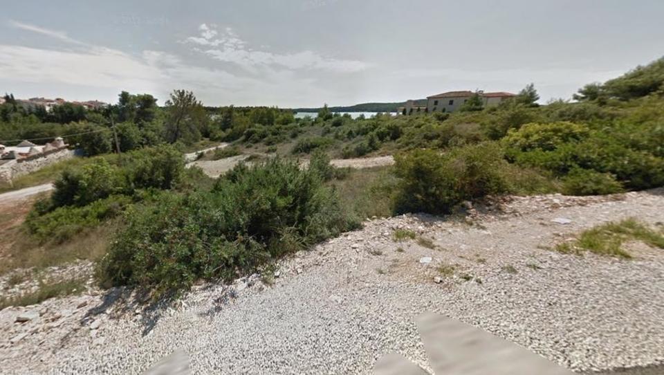 Občina Medulin prodaja velike zazidljive parcele – zadnji trenutki za ponudbe