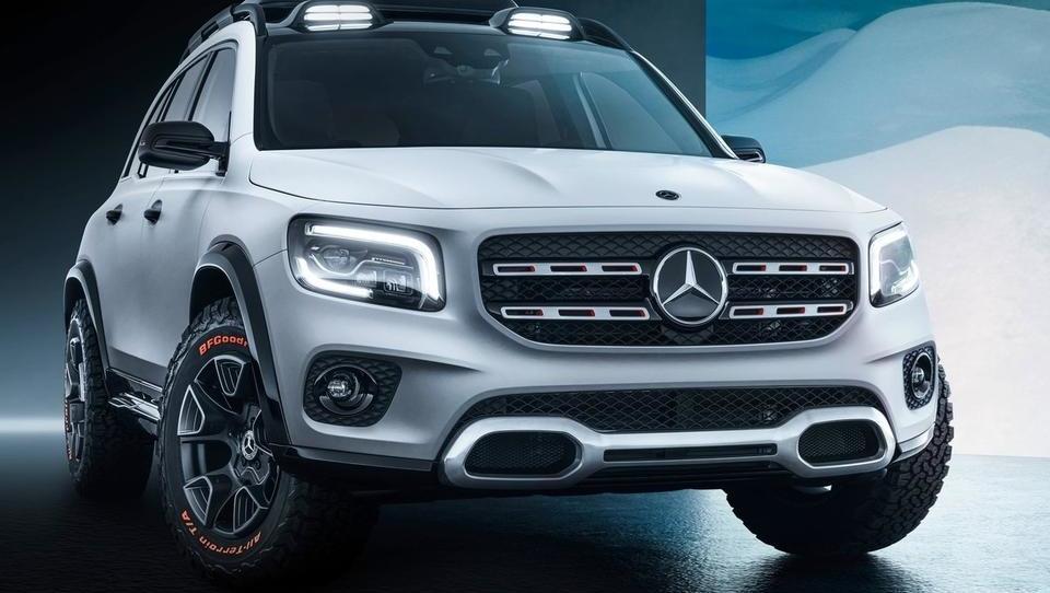 Mercedes bo v kompaktno nišo »stisnil« še prostoren SUV GLB