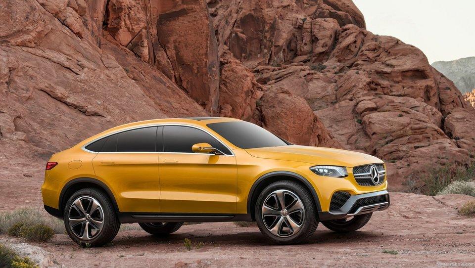 Mercedes samozavestno še nad BMW X4