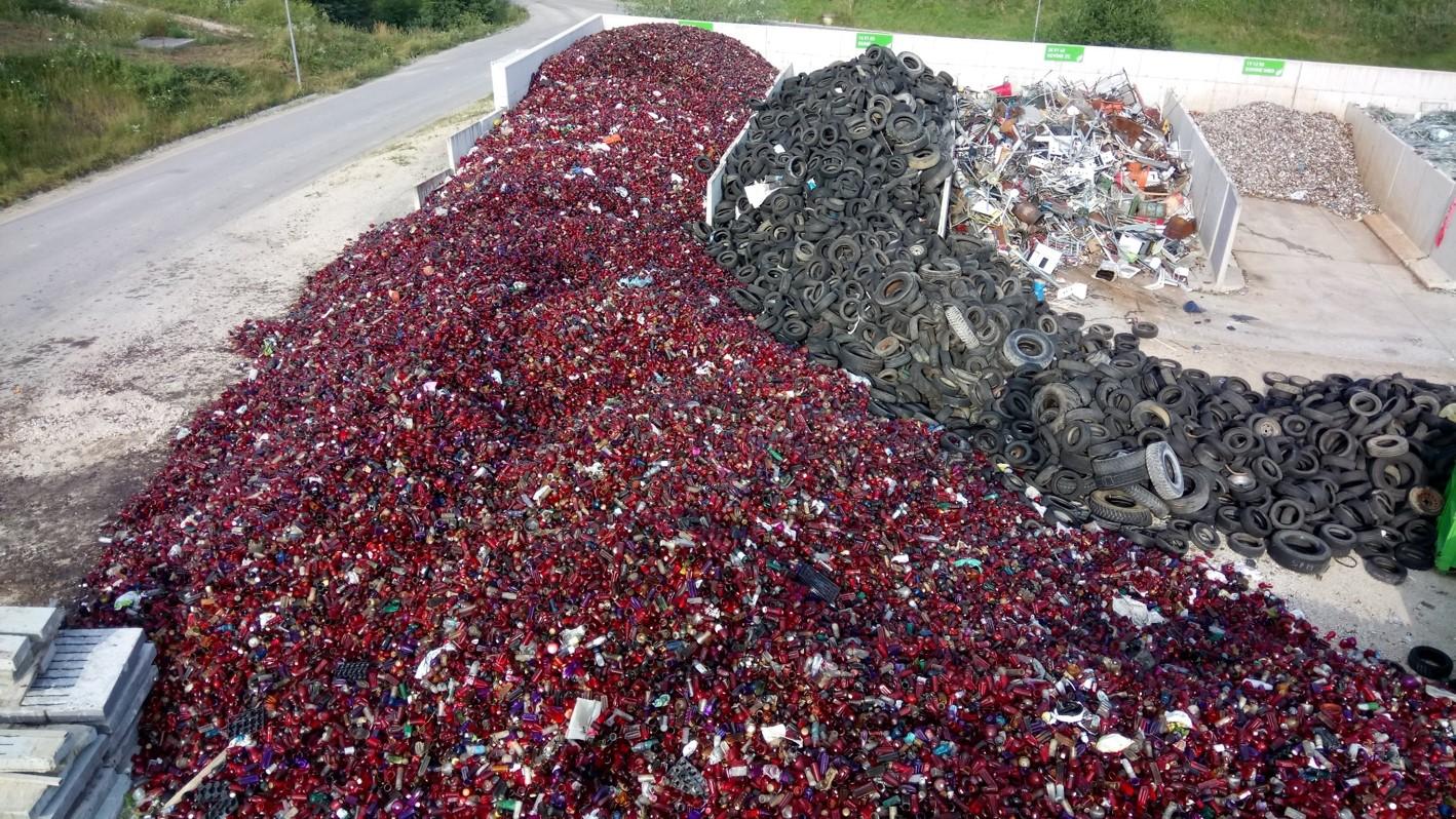 Minister Leben, tu preži še ena grožnja odpadkovnega kolapsa