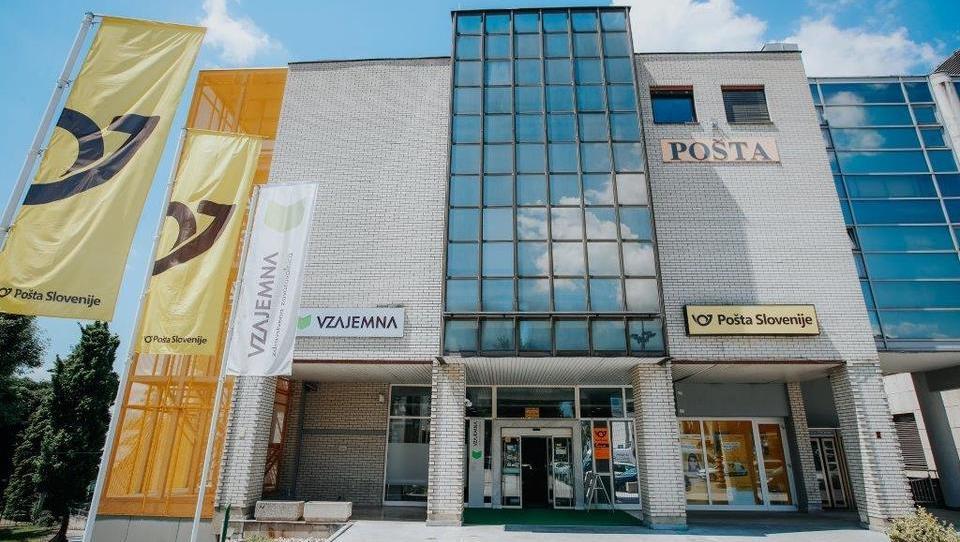 Spletna dražba: Pošta prodaja 16 nepremičnin po Sloveniji