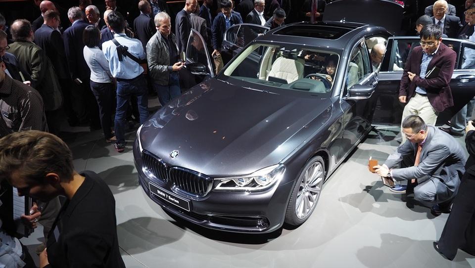 BMW pripravlja dizelsko zverino s 4 turbo polnilniki