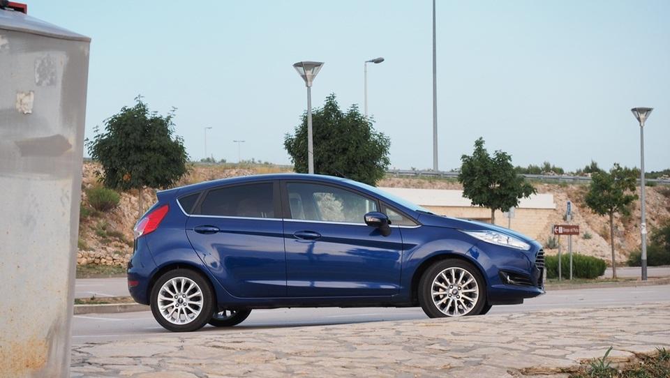 Ford z novimi modeli krepi prodajo