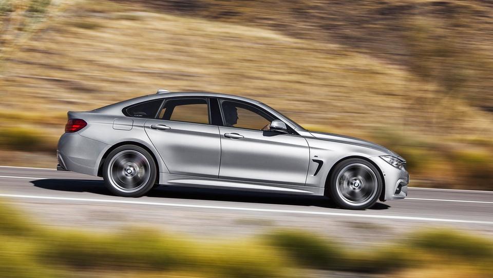 Mercedes-Benz VS. BMW: Hud boj med dvema lepotcema