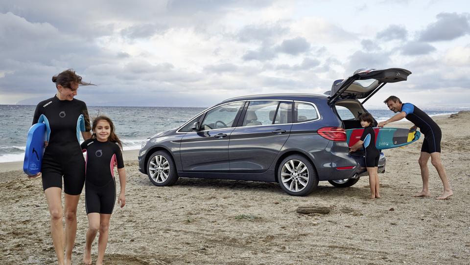 BMW s serijo 2 Gran Tourer misli na mlade družine