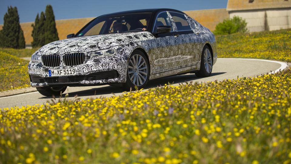 BMW 7 bo pravi tehnološki čudež