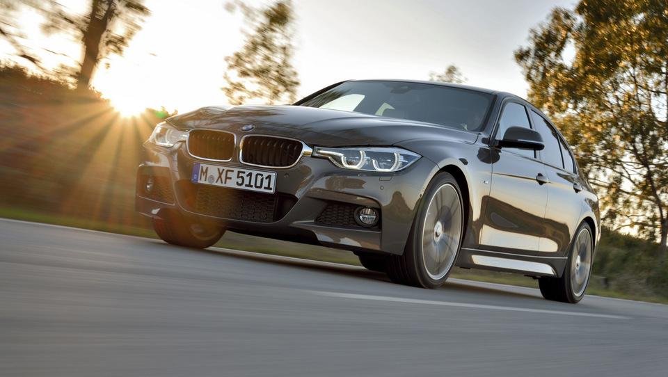 BMW 3 s prenovo dobil tudi trivaljnik
