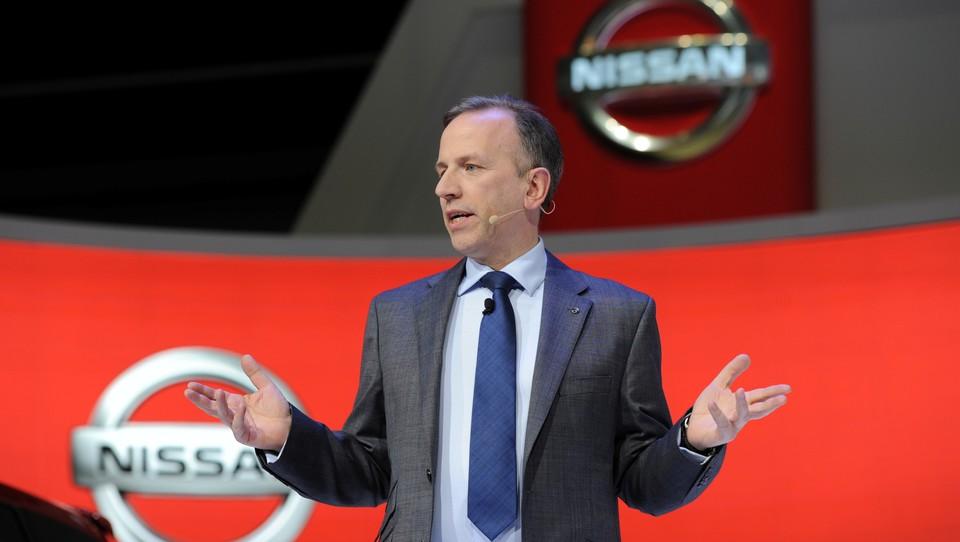 Nissani bodo sami vozili množice, ne le peščice bogatih kupcev