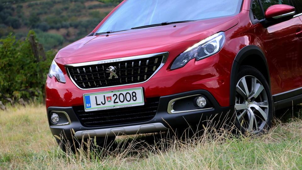 Milijonska naklada francoskega SUV, ujel je tudi pet tisoč Slovencev