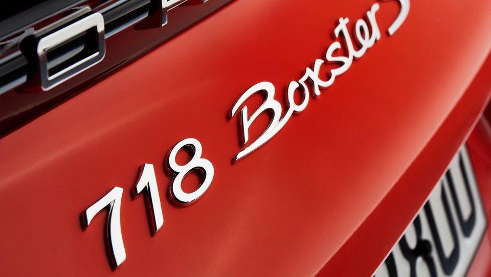Porsche nadaljuje revolucijo: to je novi 718 s štirivaljnim turbo bokserjem