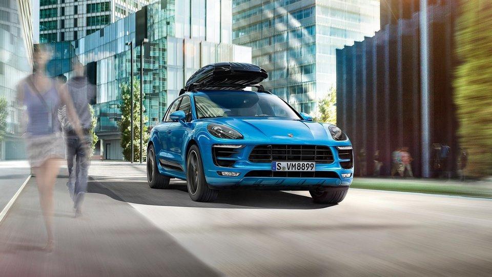 Porscheji vse bolj v ženskih rokah