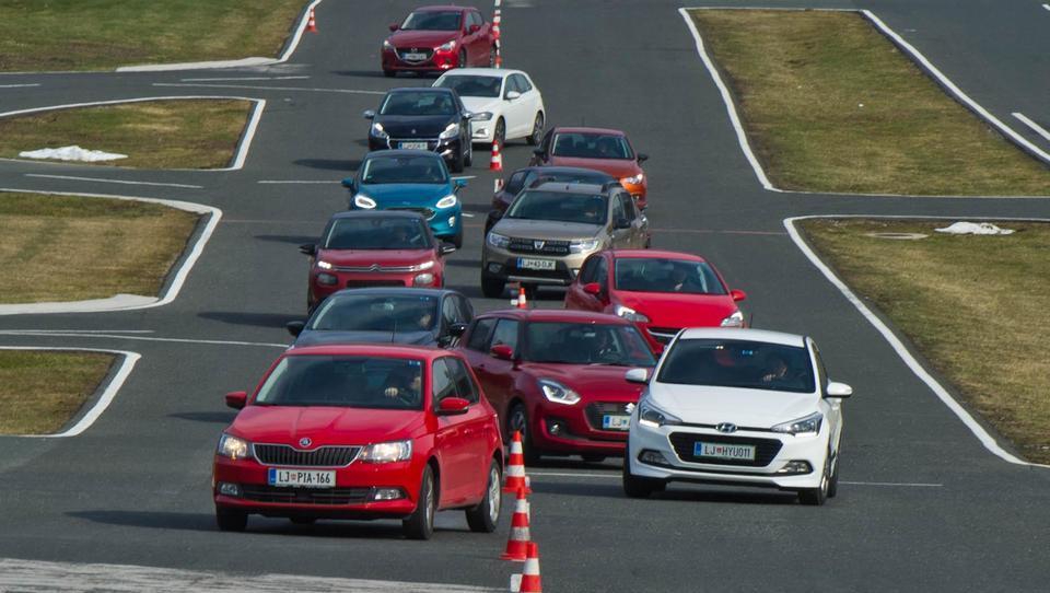 Spopad 13 malih avtomobilov v velikem primerjalnem testu