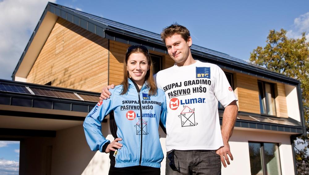 Lumar in Mitja Petkovšek vabita na ogled prve certificirane plusenergijske hiše v Sloveniji