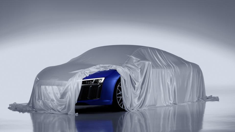 Audi na novem R8 podražil z laserskimi žarometi