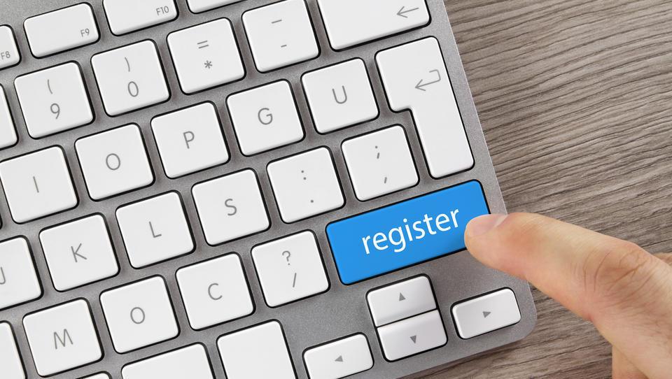 Večja transparentnost podatkov AJPES z novostmi na področju registrov