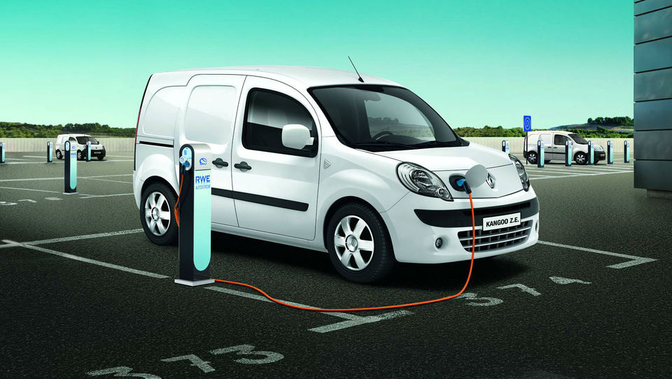 Električne renaulte vozijo tudi v Urugvaju, le v Sloveniji še ne