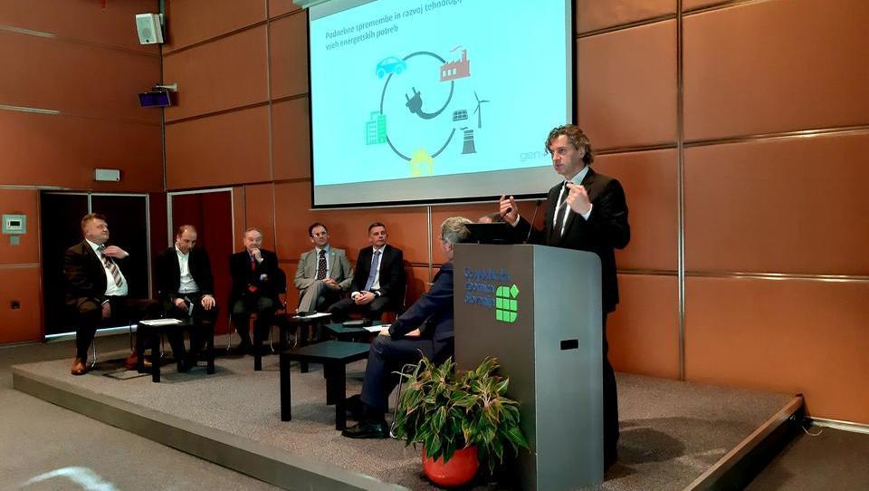 Zakaj slovenski energetiki 'nimajo pravice jamrati' in kaj morajo narediti