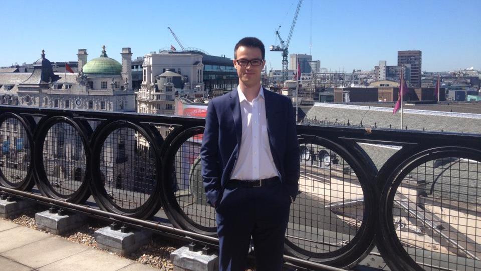 Kako je Matej dobil službo v londonski pisarni McKinseyja