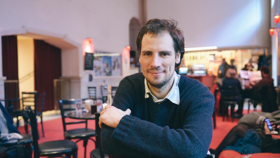 Novinarski projekt Pod Črto uspešno zbral zagonski kapital, sedaj računajo na mesečne donacije