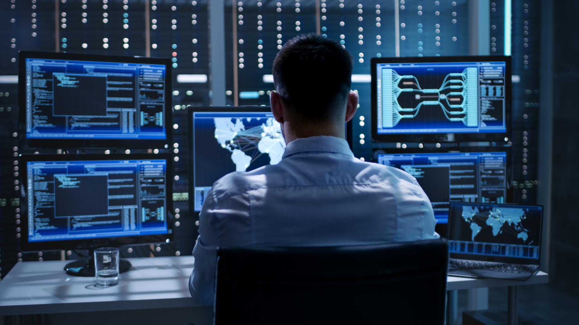 Zakaj in kako izbrati storitve varnostno-operativnih centrov