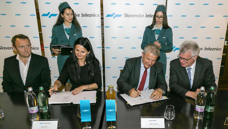 Nova direktorica SŽ-Potniškega prometa je pri Stadlerju naročila 26 dodatnih vlakov