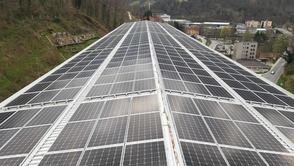 Za podjetja: kako do subvencij za fotovoltaike in baterije