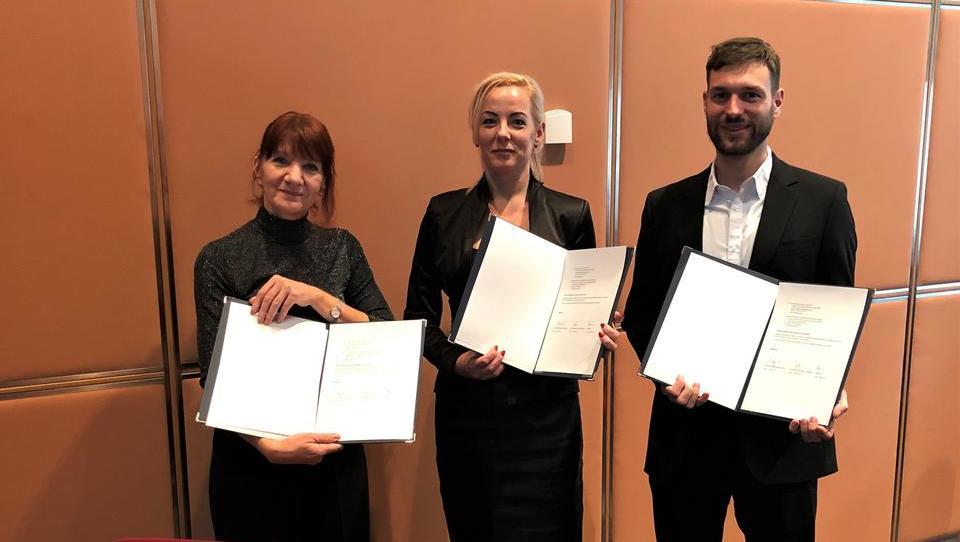 Avtomobilski grozdi Avstrije, Madžarske in Slovenije skupaj v avtonomno vožnjo