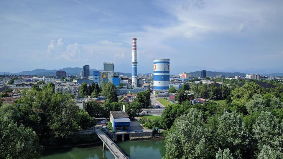 Siemens in grški Mytilineos v drugem krogu ljubljanske plinske naprave