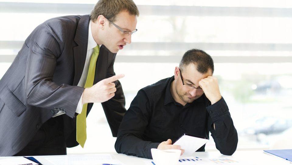 Si upate svojemu šefu reči ne in tvegati službo?