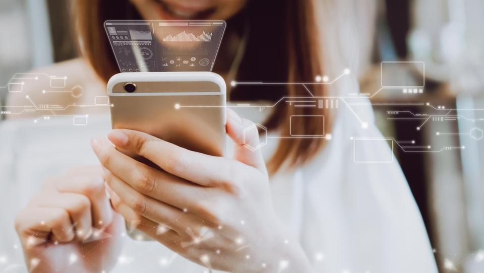 Kakšno tveganje za varnost podatkov predstavlja odprti Wi-Fi?