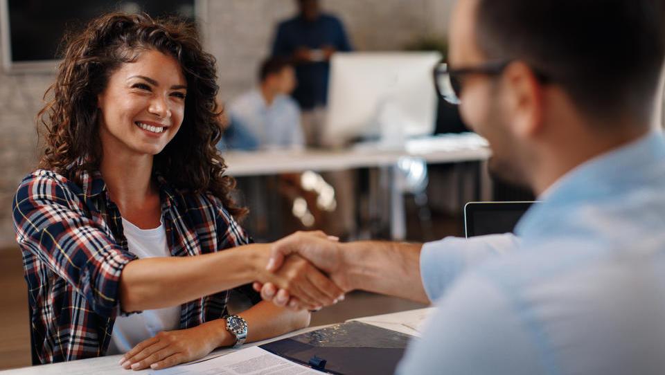 Zakaj je pomembno, da si podjetje zgradi ugledno blagovno znamko delodajalca?