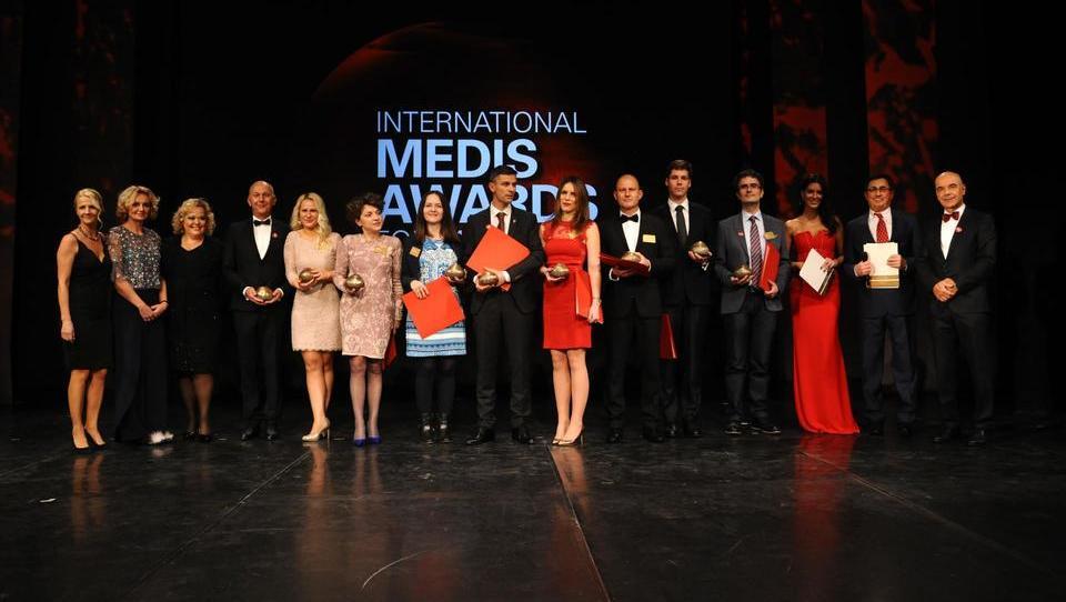 Nove mednarodne nagrade za slovenske zdravnike