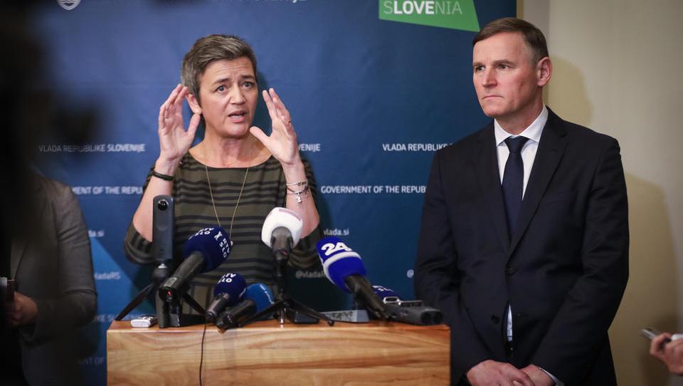 Vestagerjeva: Zakaj morate prodati banko? Ker so jo v težave spravili 'zunanji vplivi'!
