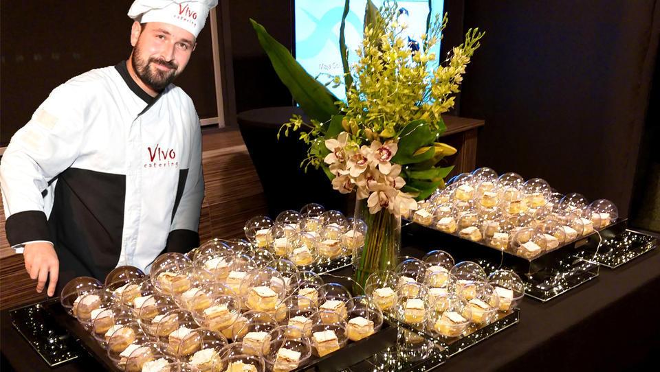 Najnovejši trendi v cateringu: Namesto gala večerij inovativne pogostitve z druženjem