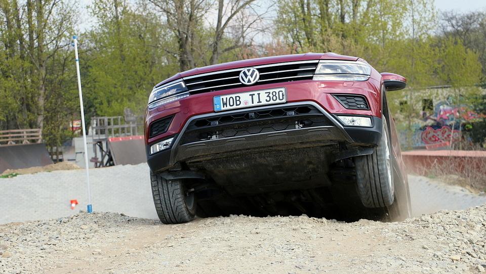 Volkswagen  pleza iz krize, dobička več, prihodkov manj