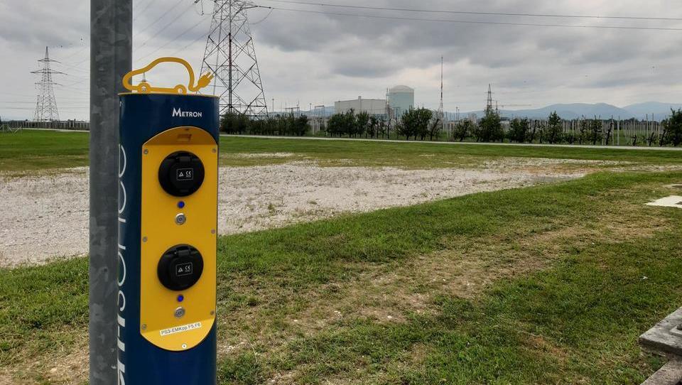 E-avto proti bencinarju: najbolj poglobljena okoljska študija doslej